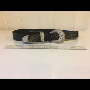 Chico's black belt size medium